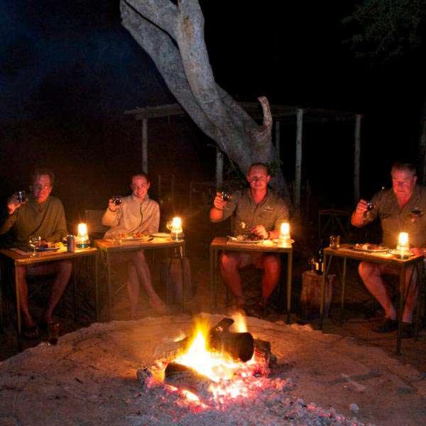Area_Timbavati_campfire
